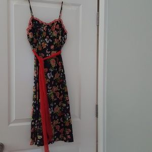 Adorable Notice brand floral sundress